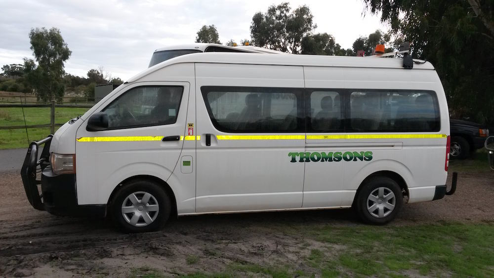 Thomsons Coachlines 13 Seater 01