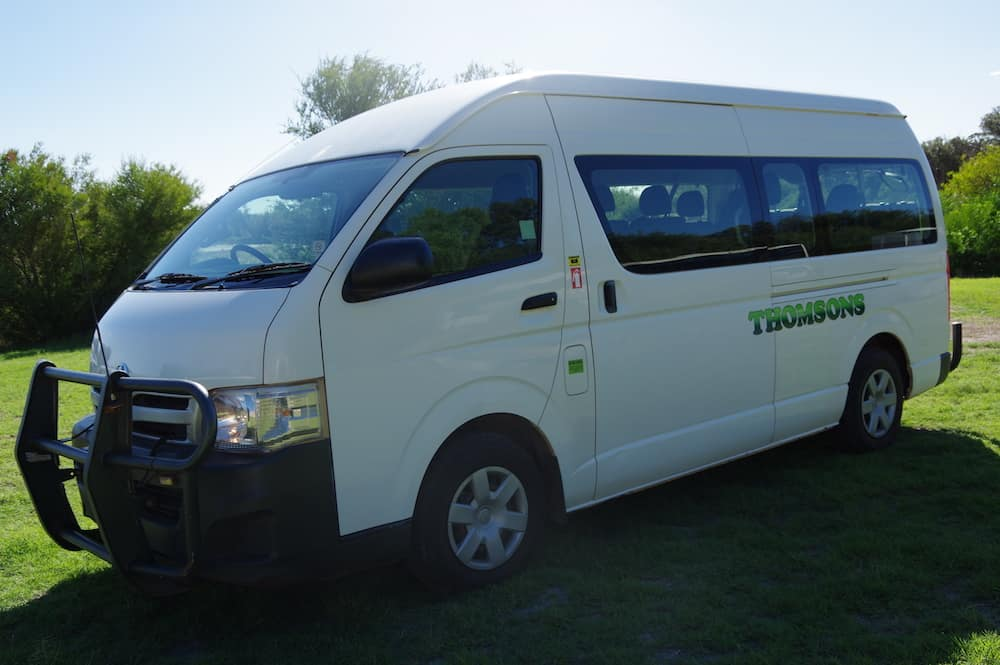 Thomsons Coachlines 13 Seater 03