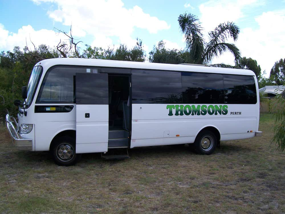 Thomsons Coachlines 28 Seater 01