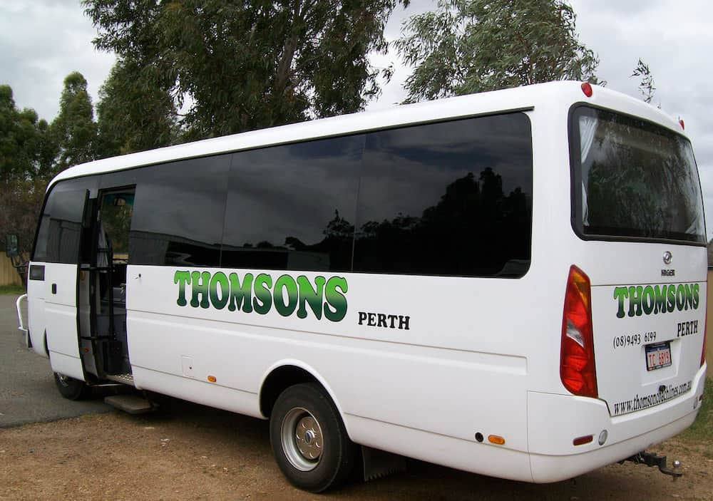 Thomsons Coachlines 28 Seater 04