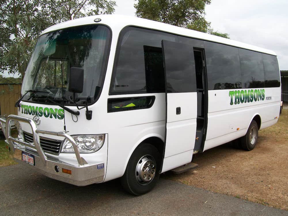 Thomsons Coachlines 28 Seater 06
