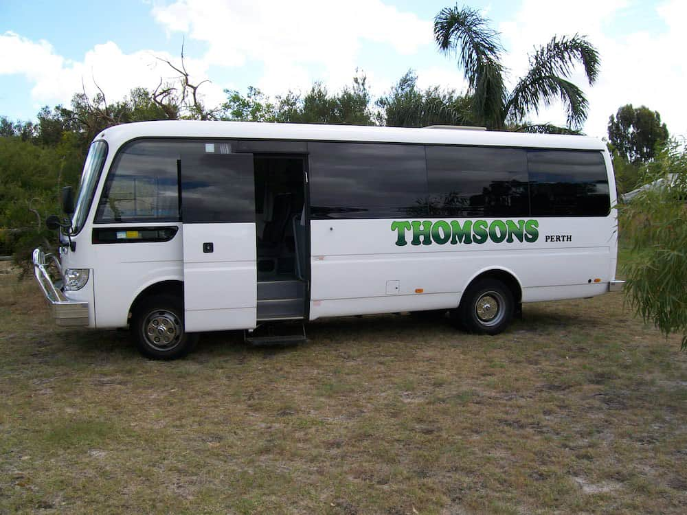 Thomsons Coachlines 28 Seater 08