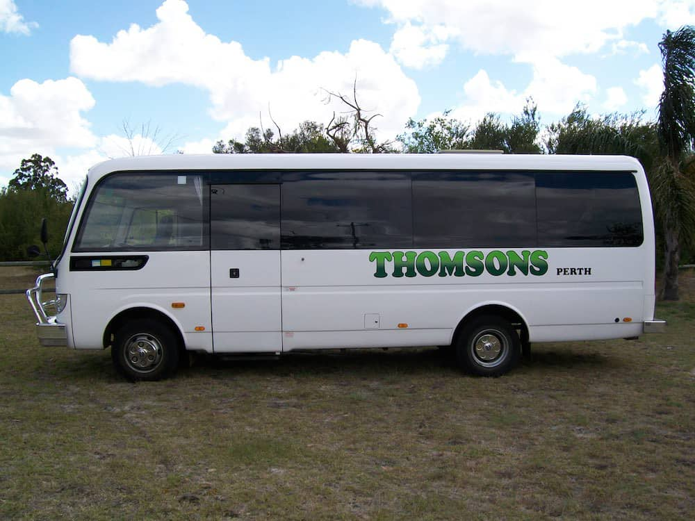 Thomsons Coachlines 28 Seater 09